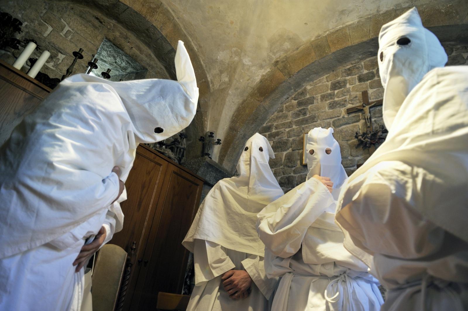 Troia (FG) - La Processione delle Catene