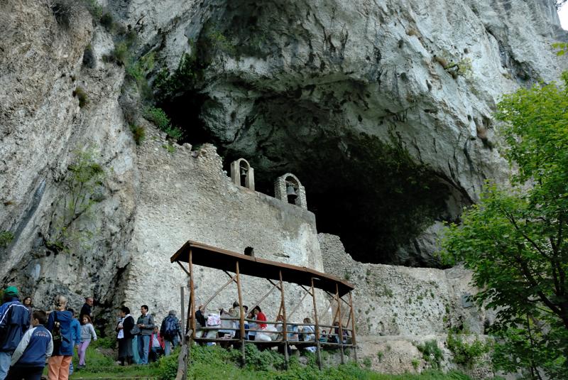ingresso della Grotta dell'Angelo