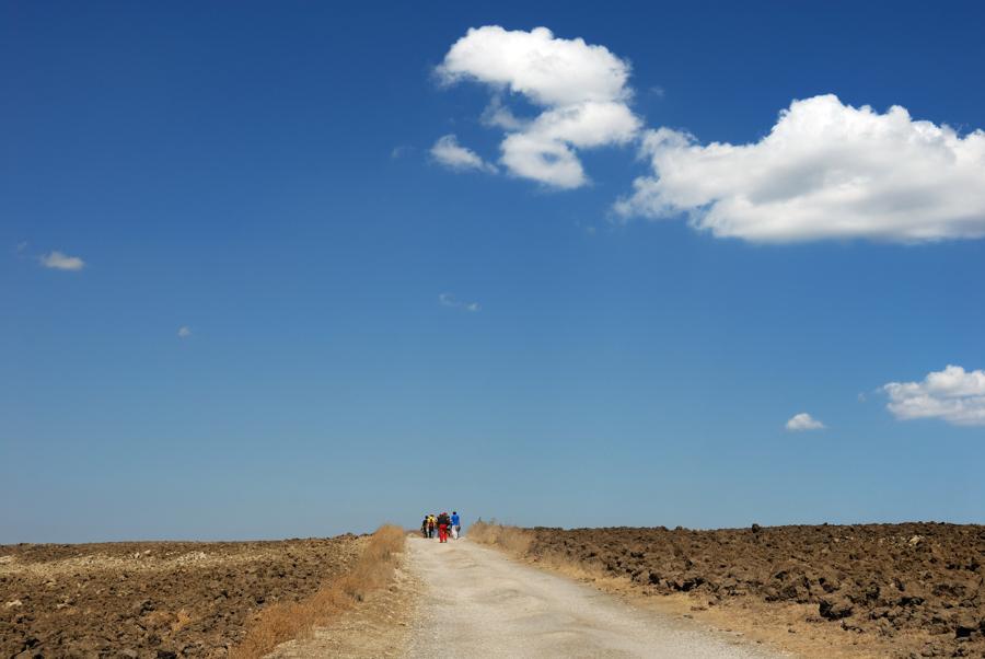 a piedi lungo un tratturello del Regio Tratturo